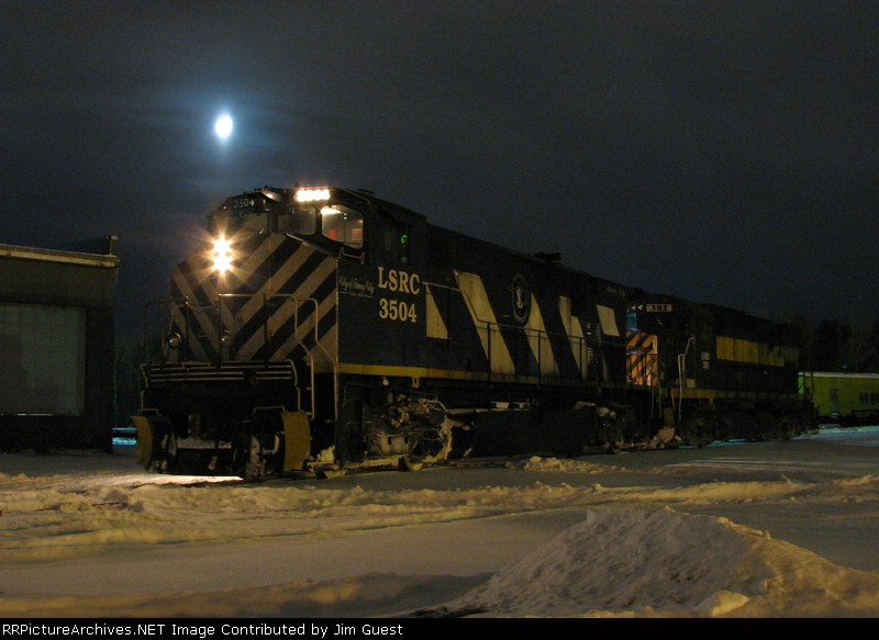 3504 under the moon