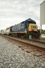 CSX 5853 W044 23 spray train park