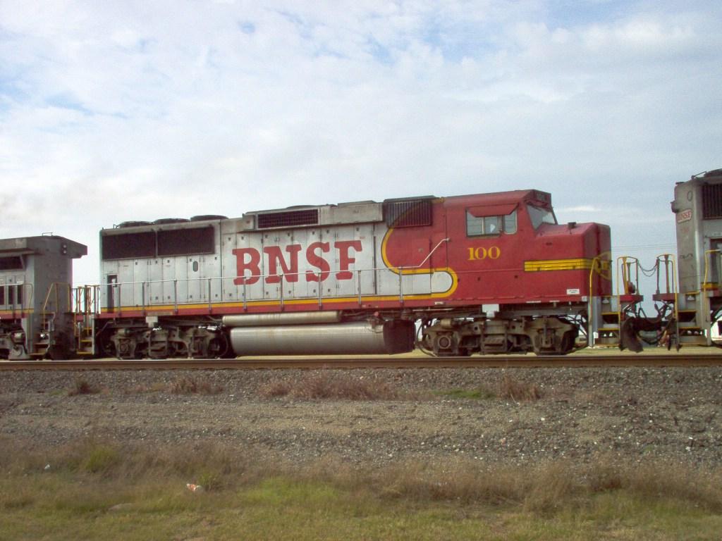 BNSF GP60M 100