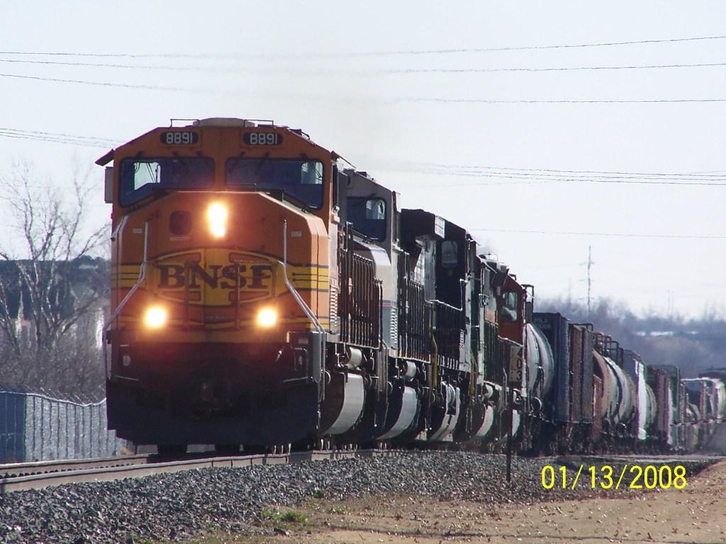BNSF SD70MAC 8891