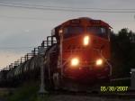 BNSF ES44DC 7635