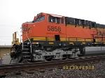 BNSF ES44AC 5858