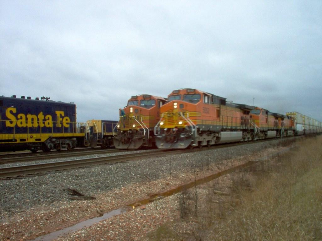 BNSF C44-9W 5052