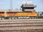 BNSF ES44DC 7672