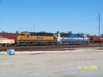 Oakway SD60 9008 & BNSF SD40-2 6725