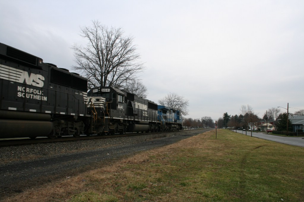 Trailing Engines on 24V