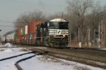 NS 2767 has a container/mail train combo in tow