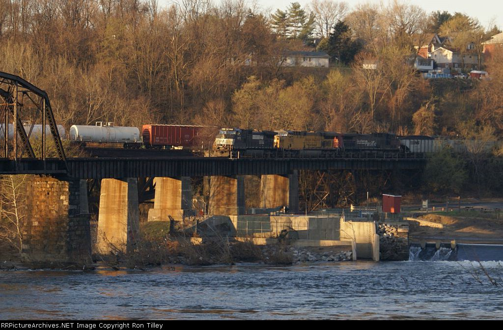 H70/508 Crossing the Delaware