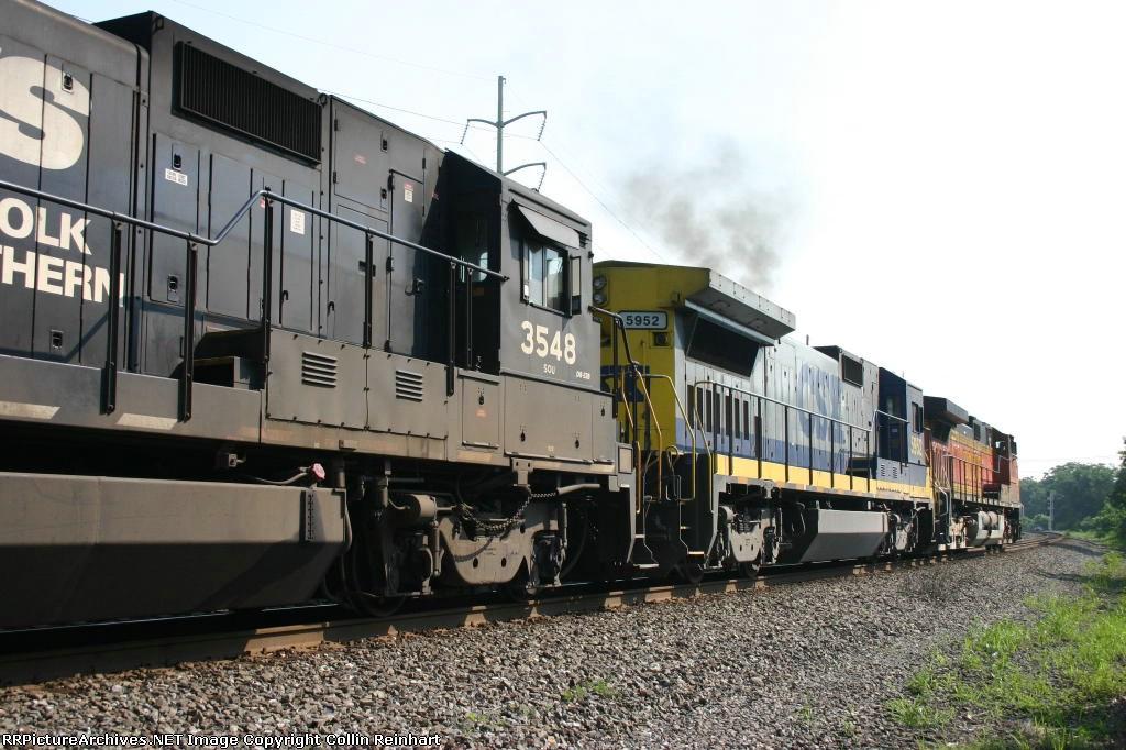 NS 3548, CSX 5952, & BNSF 4941