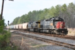 G930 passes by the Trego Spur