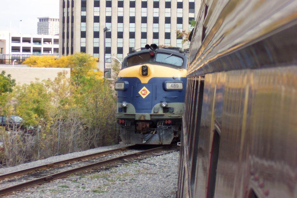 ME 489 Is an Ex Amtrak FL-9