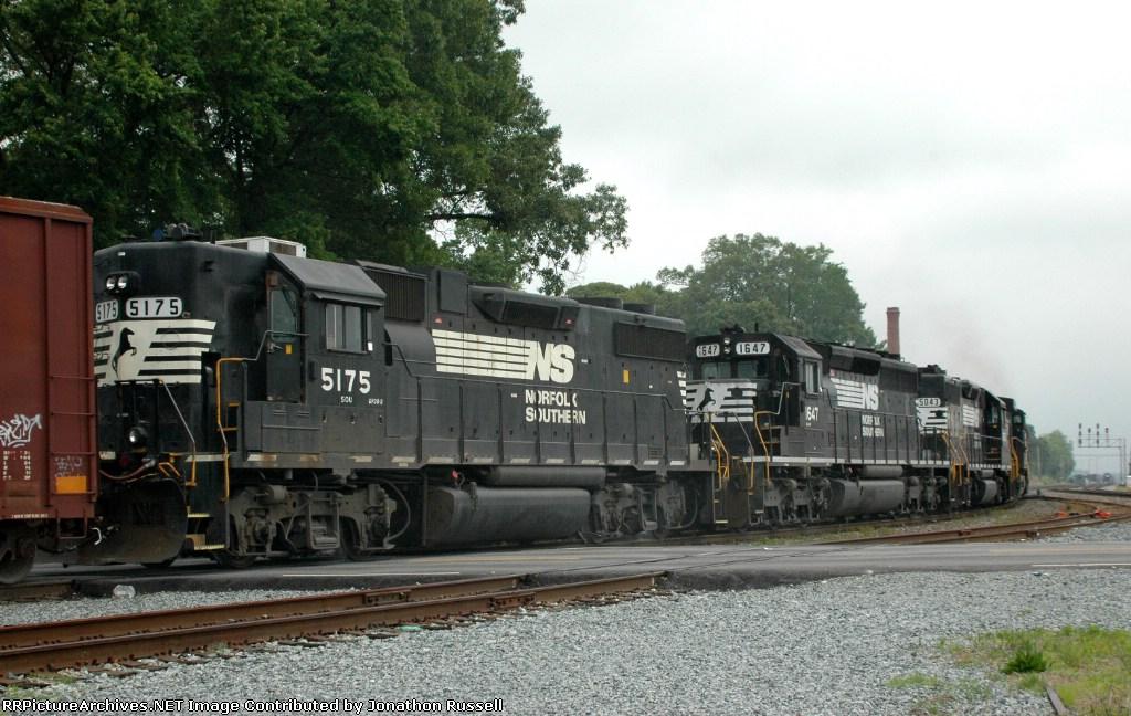 NS 5175 on NS-134