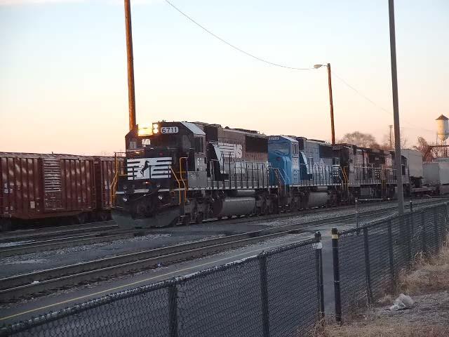 NS Train 221