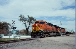 BNSF 7621 On A Z-Train