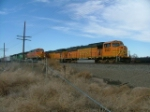 BNSF 8922 and BNSF 4628