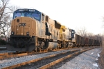 CSX 4755 and crew play the waiting game