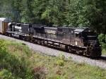 NS 387 Rolls Eastbound