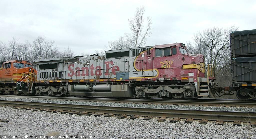 BNSF C40-8W 850