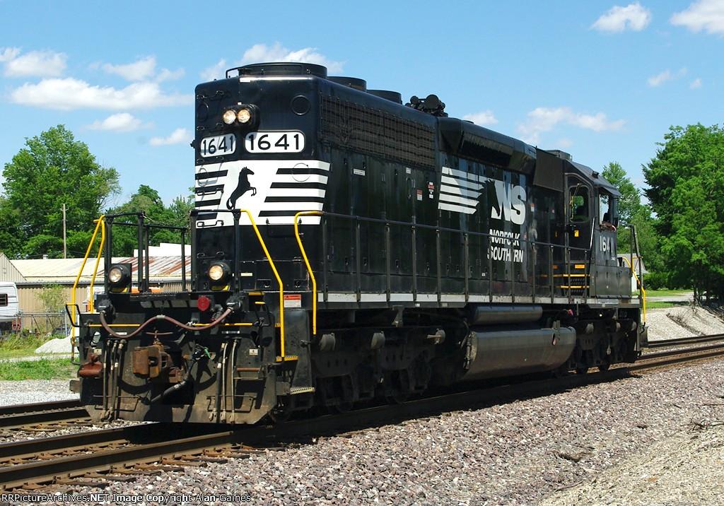 NS SD40-2 1641