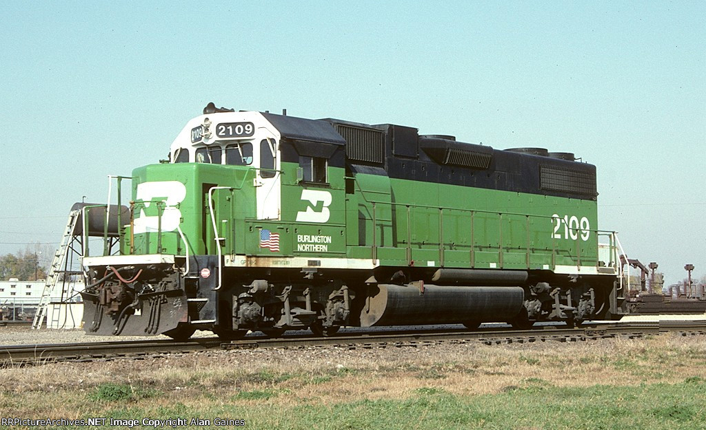 BN GP38-2 2109
