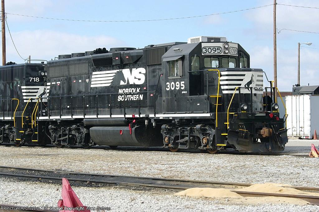 NS GP40M-2 3095