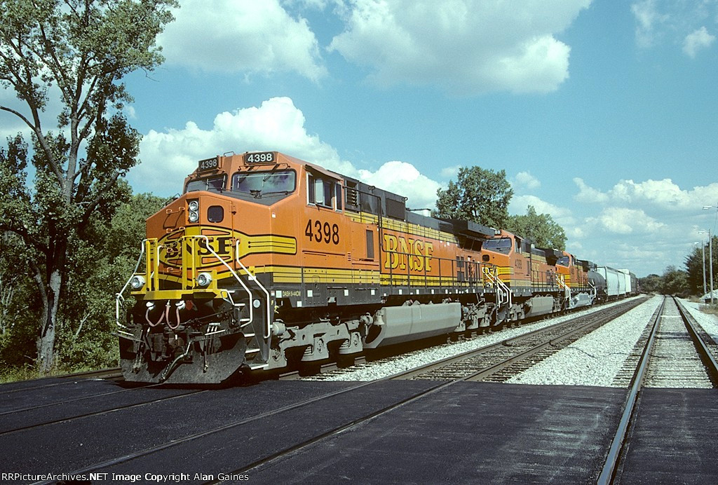 BNSF C44-9W 4398