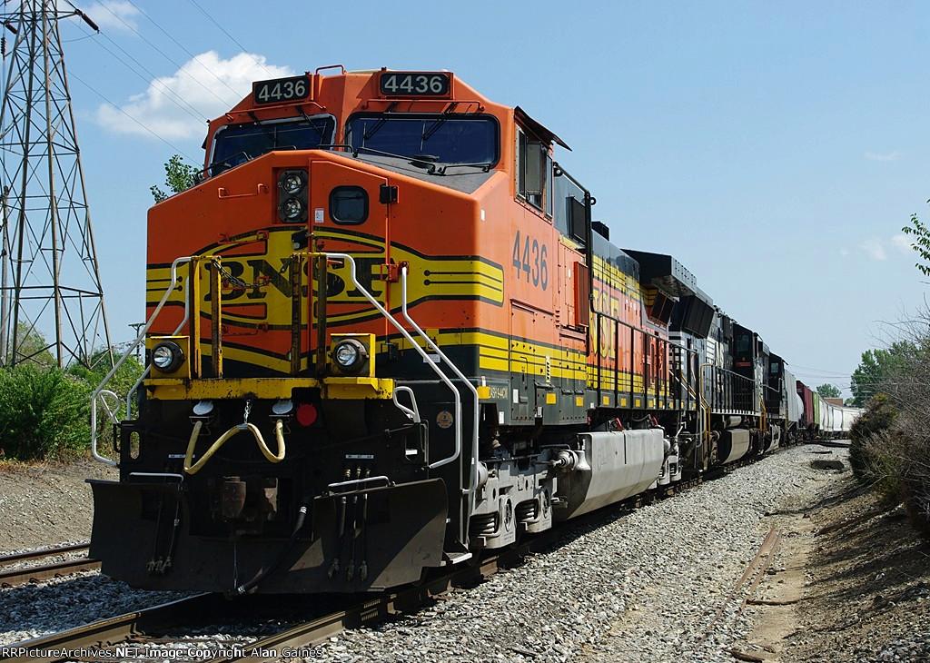 BNSF C44-9W 4436
