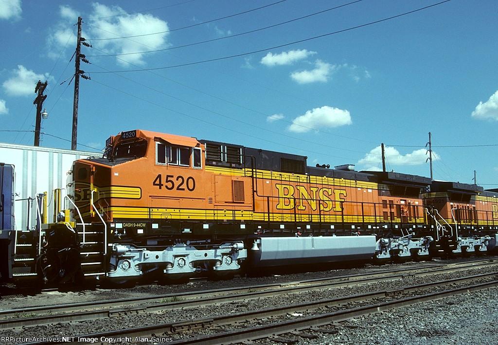 BNSF C44-9W 4520