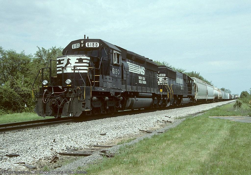 NS SD40-2 6180