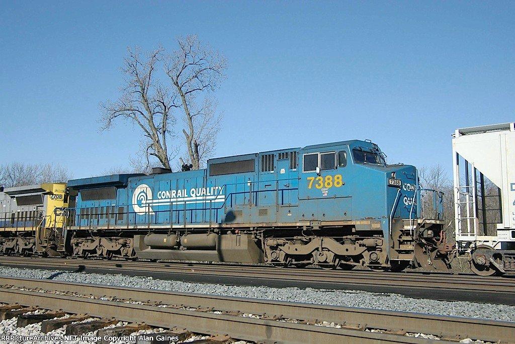 CSX C40-8W 7388
