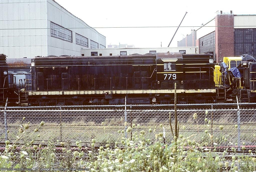 SBD GP7 779