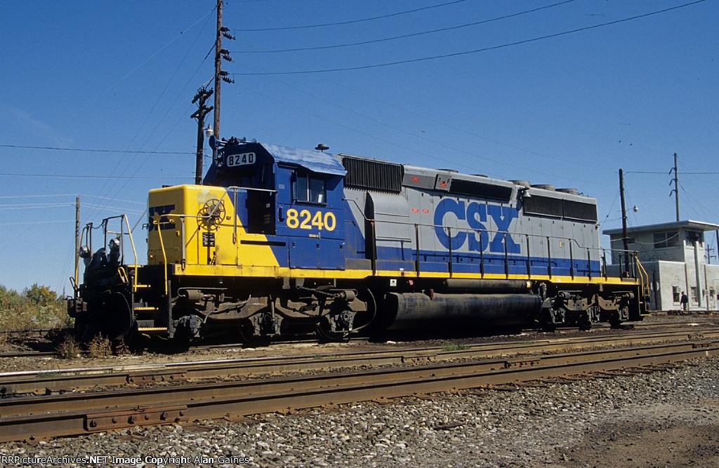 CSX SD40-2 8240