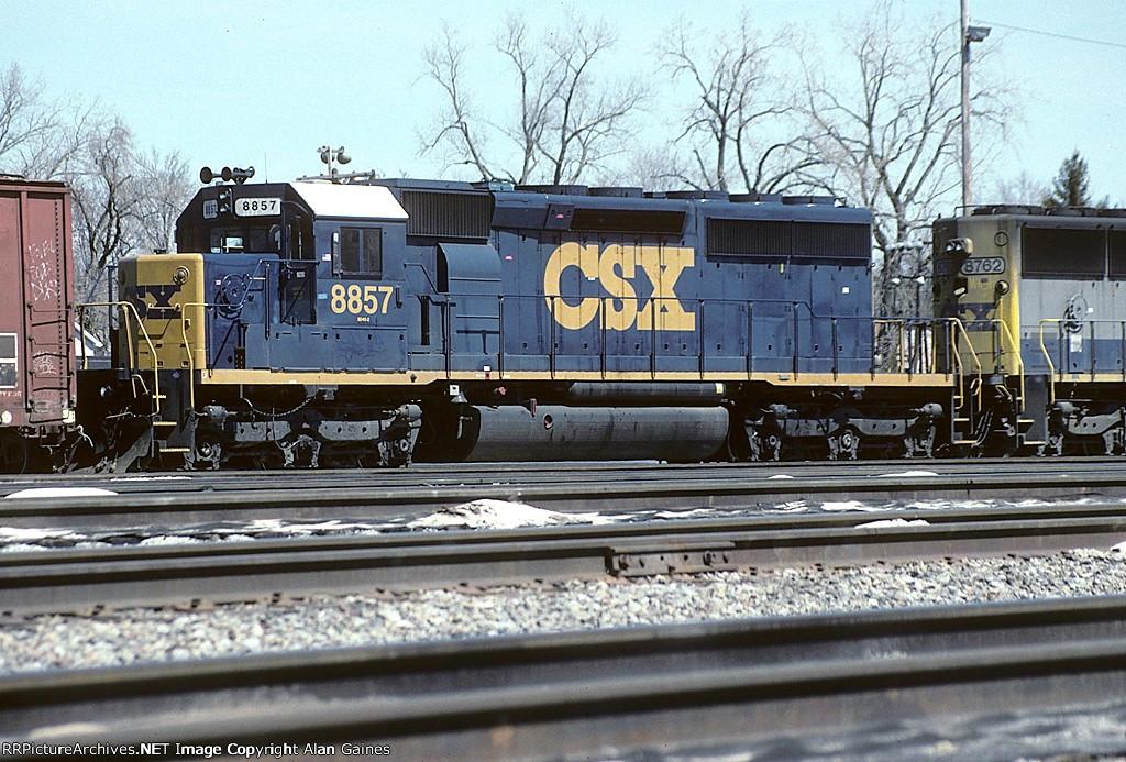 CSX SD40-2 8857