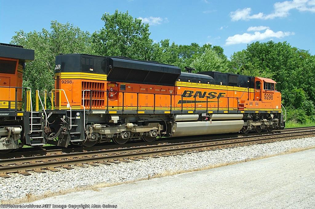 BNSF SD70ACe 9298