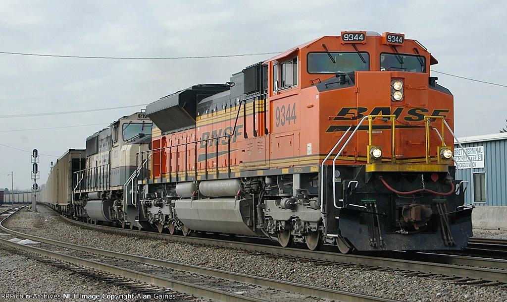 BNSF SD70ACe 9344