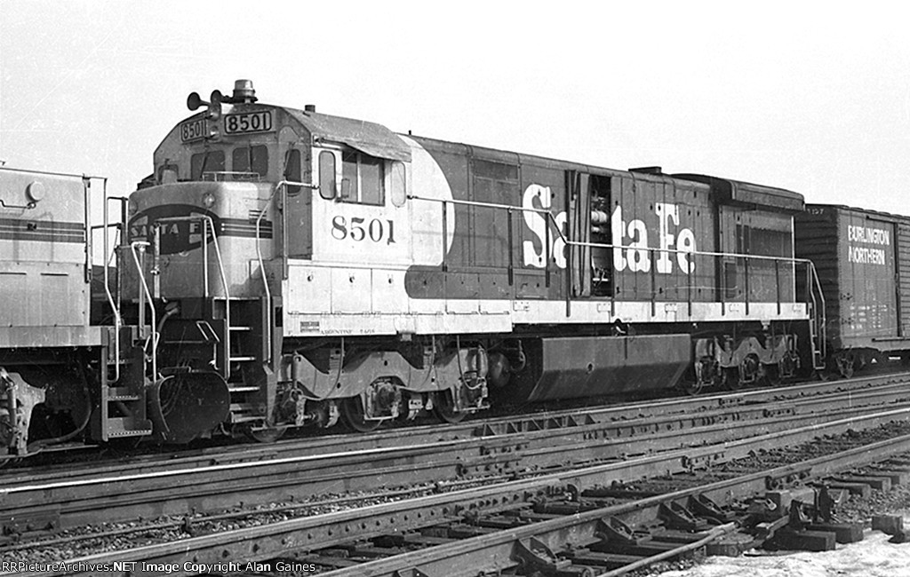 ATSF U33C 8501