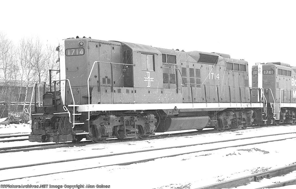 B&M GP-9 1714