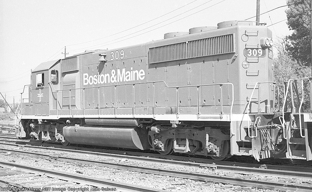 B&M GP-40-2 309