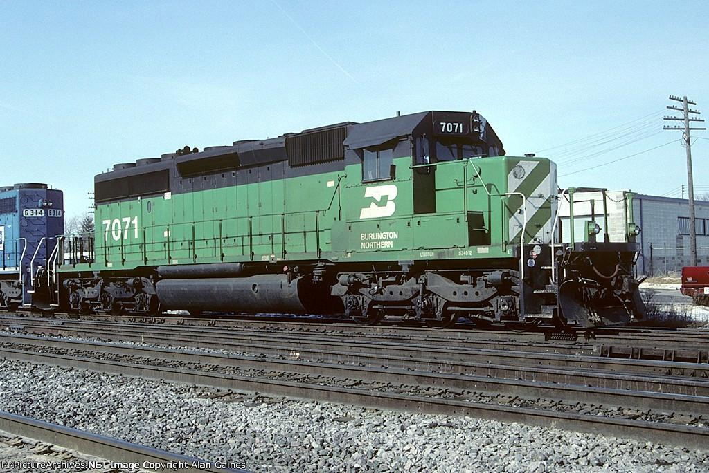BN SD40-2 7071
