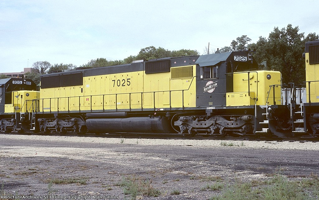 C&NW SD50 7025