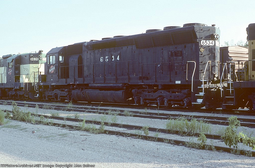 C&NW SD45 6534