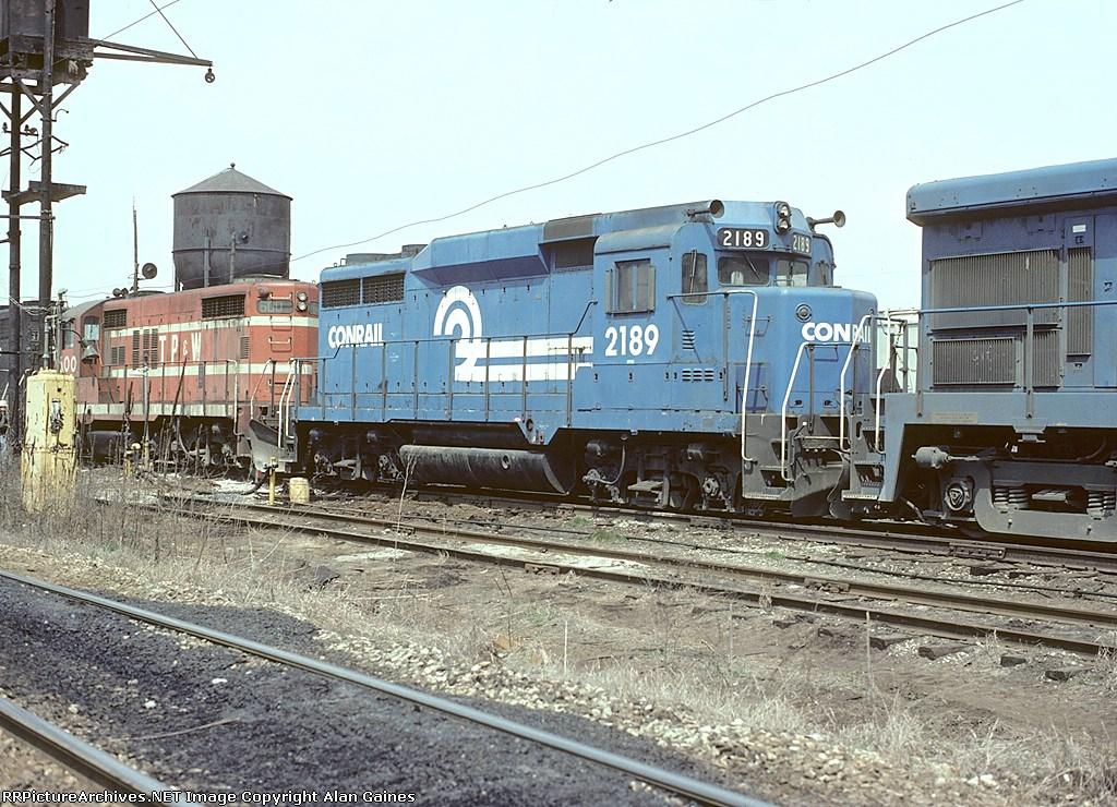 CR GP30 2189