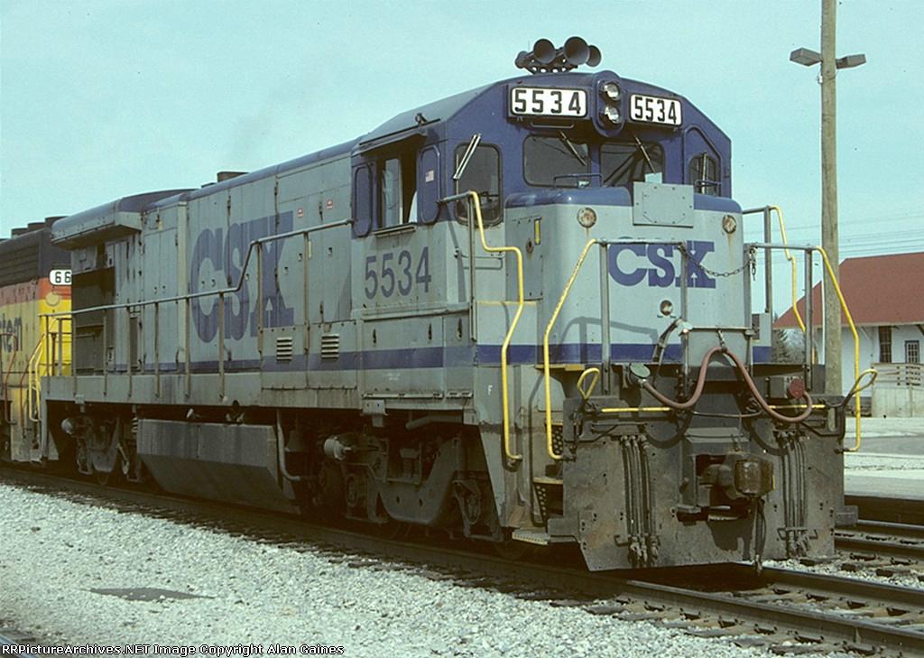 CSX B30-7 5534