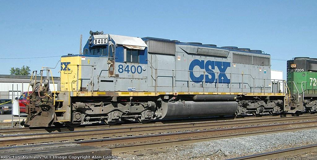 CSX SD-40M-2 8400