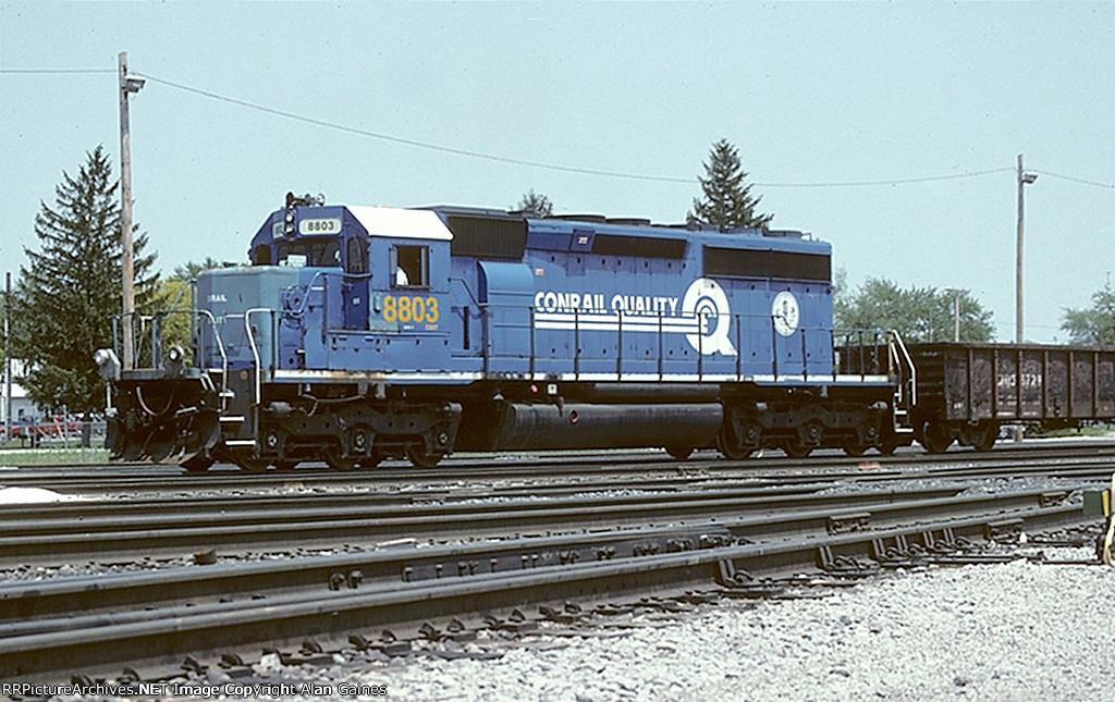 CSX SD40-2 8803