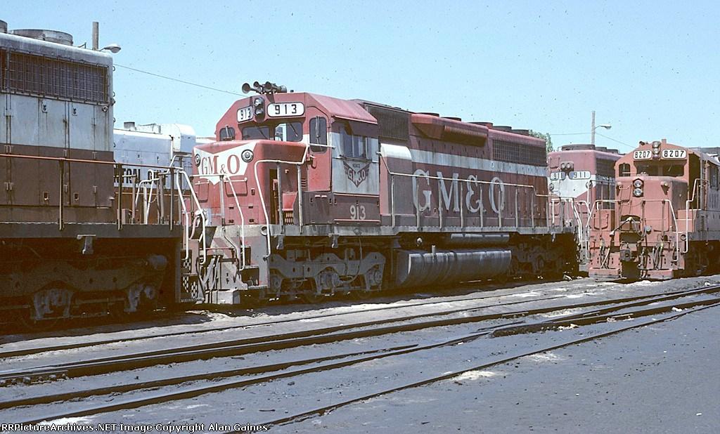 GM&O SD40 913