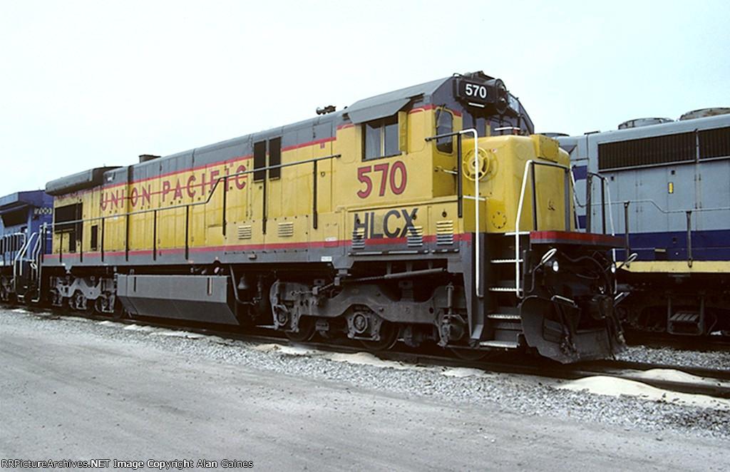 HLCX C36-7EM 570