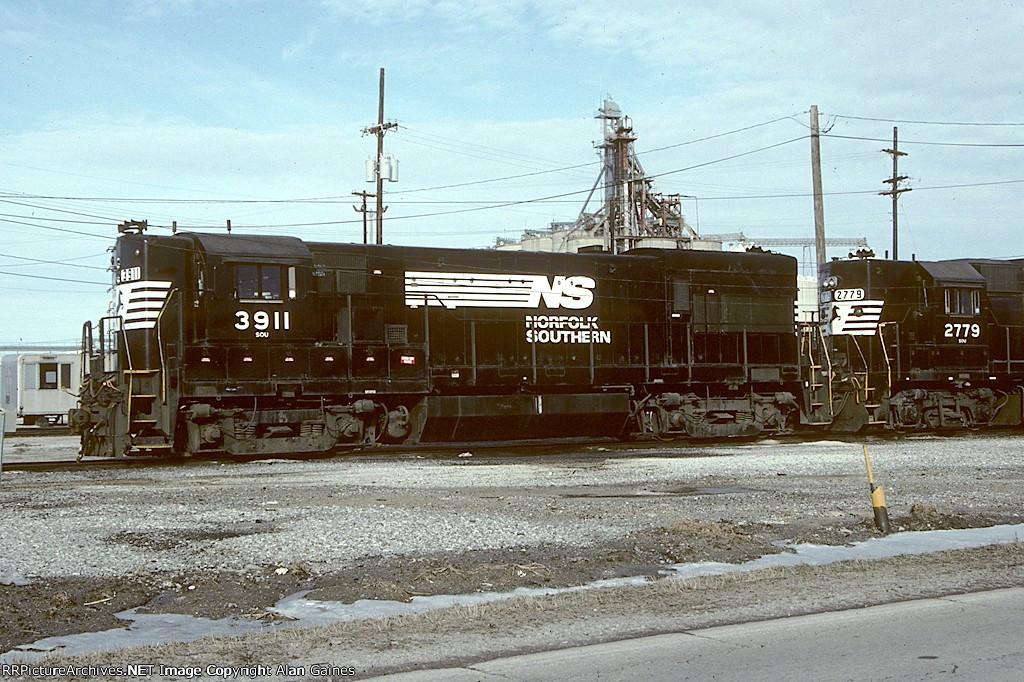NS U23B 3911