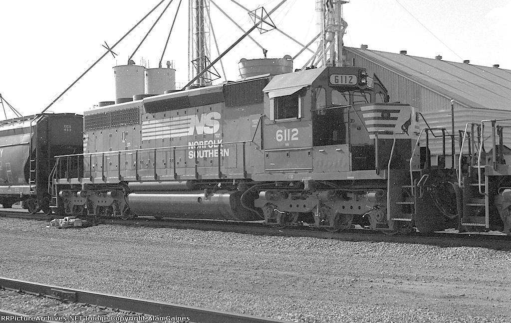 NS SD40-2 6112