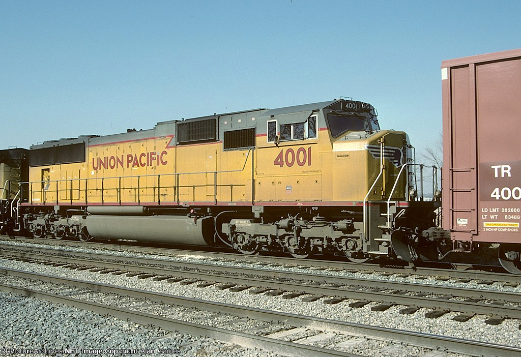 UP SD70M 4001
